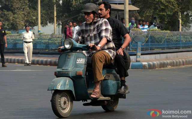 Amitabh Bachchan and Nawazuddin Siddiqui in a still from movie 'Te3n'