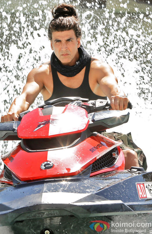 Akshay Kumar's Cameo Look In Dishoom