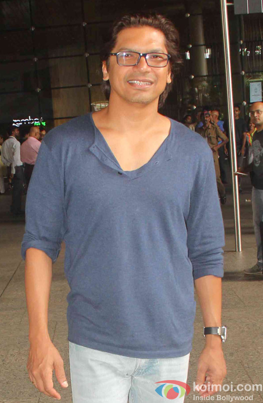 Shaan Spotted at Airport