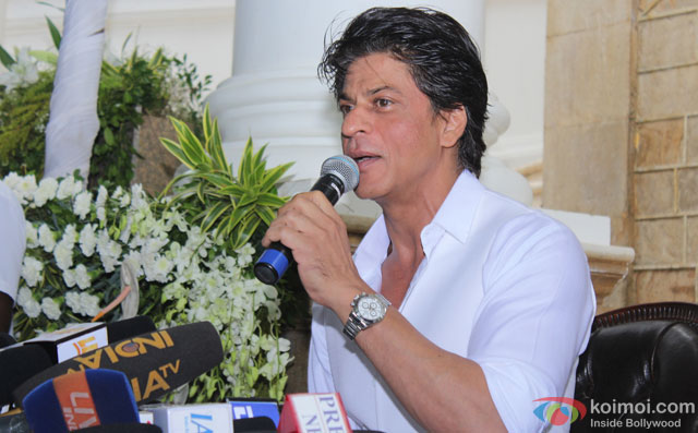 Shah Rukh Khan Celebrated Eid With Media