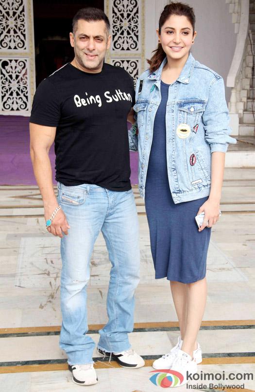 Salman Khan, Anushka Sharma at press meet of Sultan's Success
