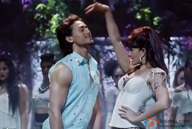 Tiger Shroff and Jaqueline Fernandez starrer A Flying Jatt's club number 'Beat Pe Booty' out now!