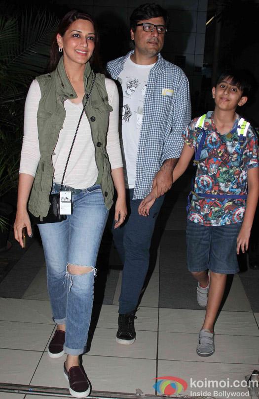 Sonali bendre, Goldie Behl and Ranveer Behl Spotted at Airport