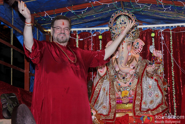 Nitin Mukhesh During the Ganpati Visarjan