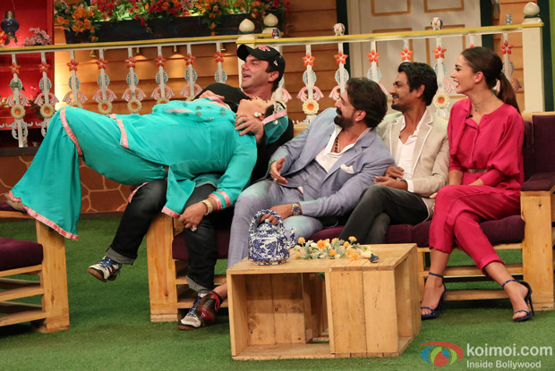 Team of Freaky Ali on the sets of The Kapil Sharma Show