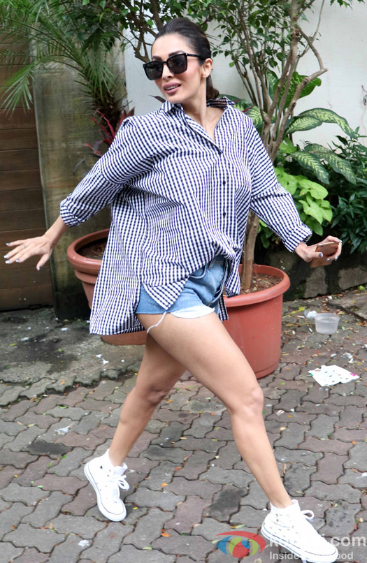 Malaika Arora Khan spotted at Bandra