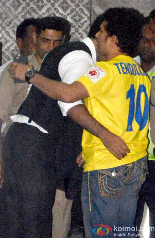 Ranbir Kapoor and Sachin Tendulkar spotted at Airport
