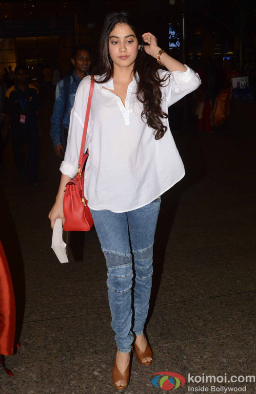 Jahnavi Kapoor spotted at Airport
