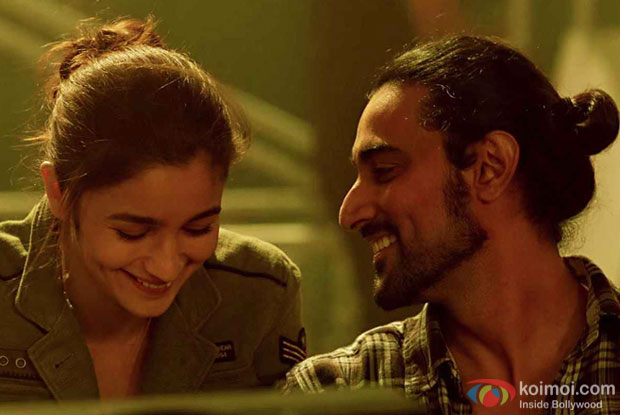 Box Office - Dear Zindagi stays steady, to compete with Kapoor & Sons for better Week One total