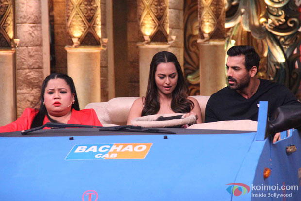 Sonakshi Sinha and John Abraham promoting Force 2 on the sets of Comedy Nights Bachao