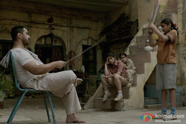 Aamir Khan in a Haanikaarak Bapu song still from Dangal