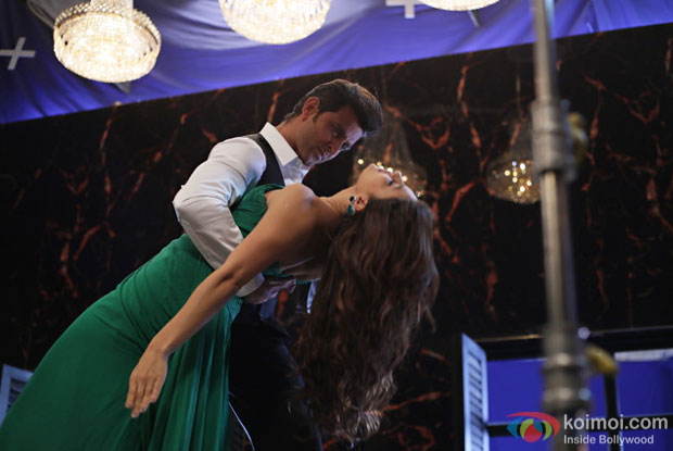 Hrithik-Jacqueline's 'The Secret To My Stability' Teaser