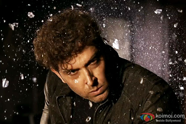 Hrithik Roshan keeps himself in the dark for his role in Kaabil
