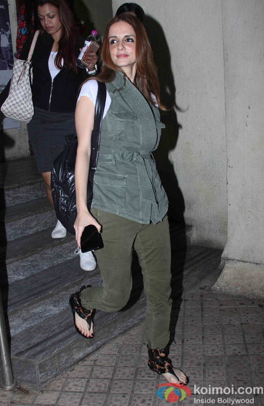 Sussanne Khan spotted at juhu PVR Mumbai
