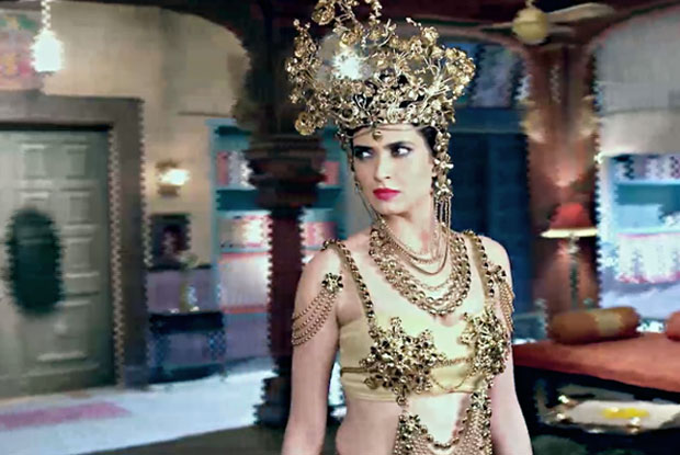 Karishma Tanna trips on TV set after wearing a sari