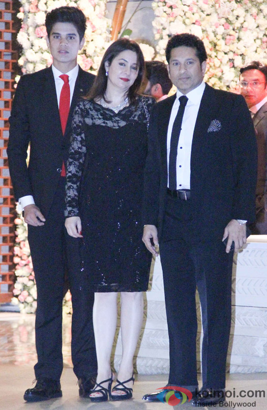 Sachin Tendulkar along with wif and son at Mukesh and Nita Ambani's niece Isheta's Pre wedding Party