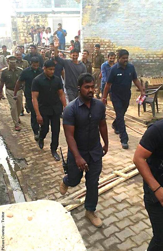 Pictures: Akshay Kumar Shoot For Toilet Ek Prem Katha In Mathura