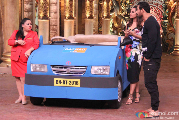 John Abraham and Sonakshi Sinha during the promotion of film Force 2 on the sets of Comedy Nights Bachao