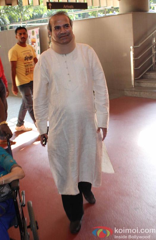 Suresh Wadkar spotted at Airport
