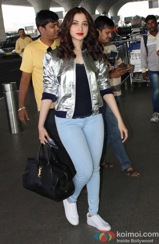 Tamnnaah Bhatia spotted at Airport