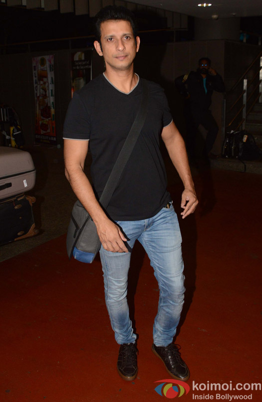 Sharman Joshi spotted at Airport