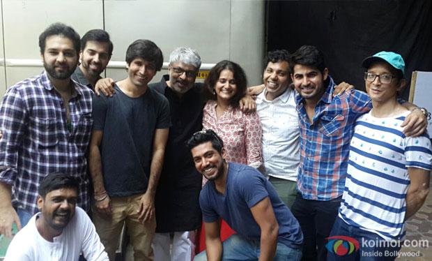 Sanjay Leela Bhansali receives an emotional surprise on the sets of Padmavati !