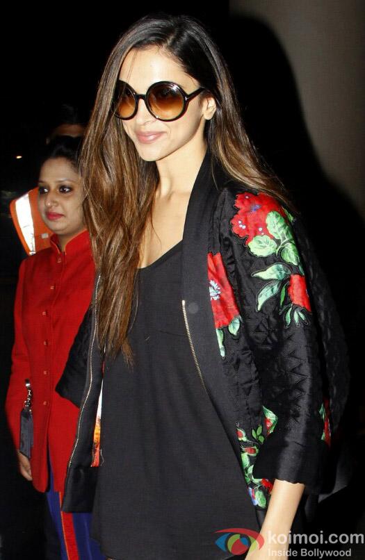Deepika Padukone Soptted at Airport