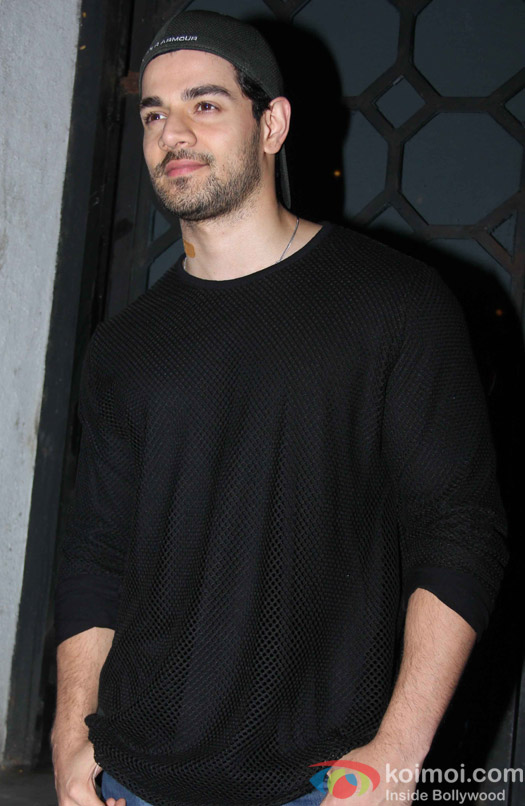 Sooraj Pancholi spotted at Bandra
