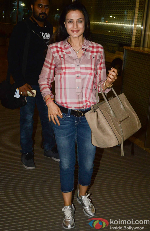 Ameesha Patel spotted at Airport