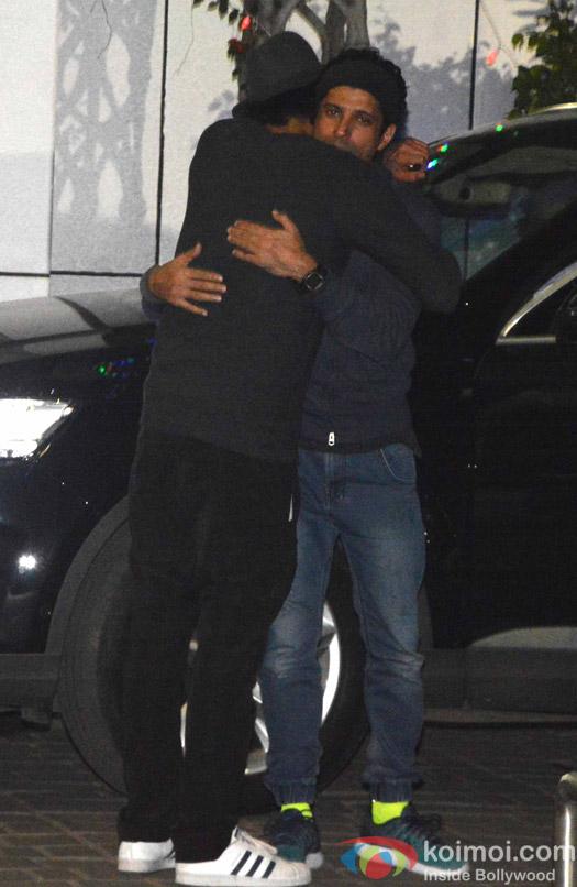 Farhan Akhtar and Arjun Rampal spotted at Airport