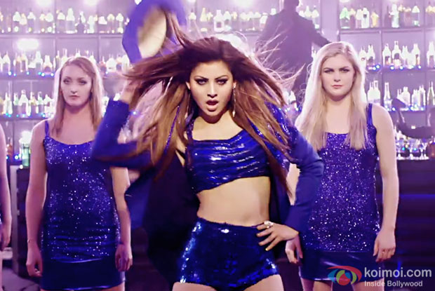 Haseeno Ka Deewana from KAABIL featuring Urvashi Rautela is here!