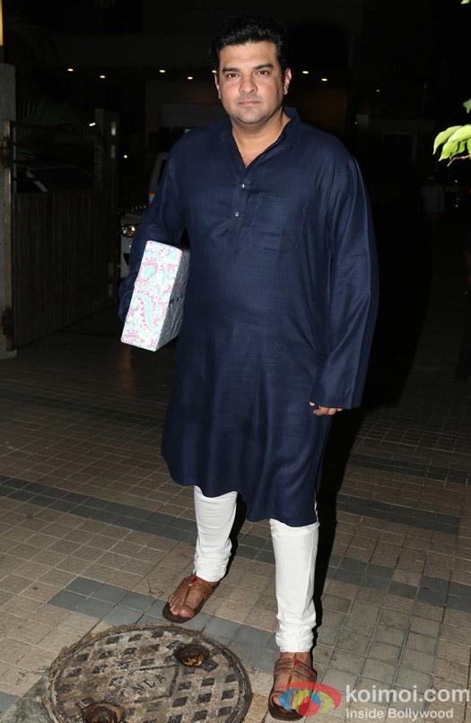 Siddharth Roy Kpur attends Madhur Bhandarkar's house warming party