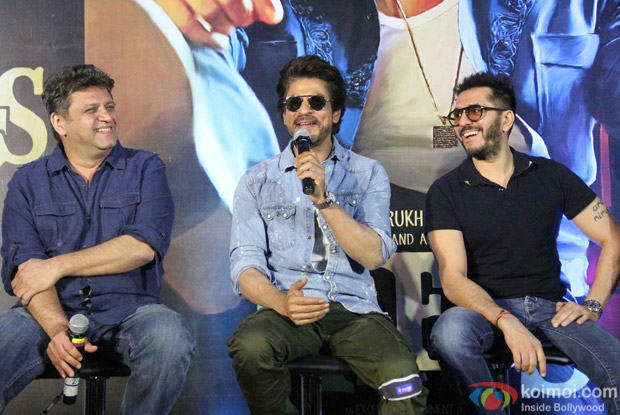 Shah Rukh Khan and Rahul Dholakia during the Trailer launch of Raees