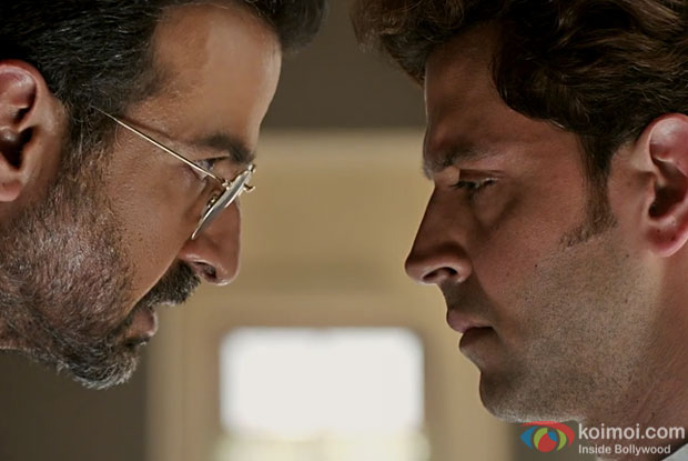Kaabil's New Dialogue Promo: Ronit Roy Threatens Hrithik Roshan