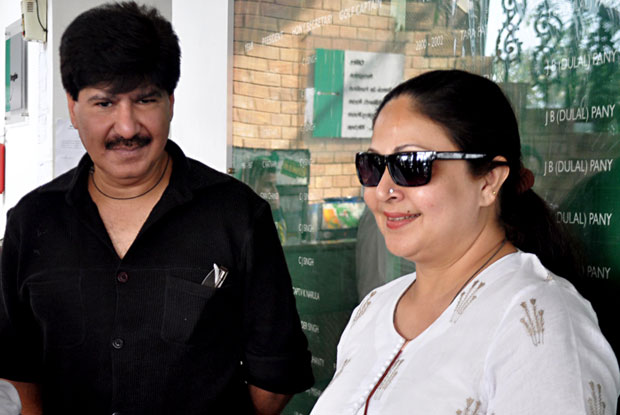 Veteran Actress Rati Agnihotri Booked For Electricity Theft Of 49 Lacs By BEST