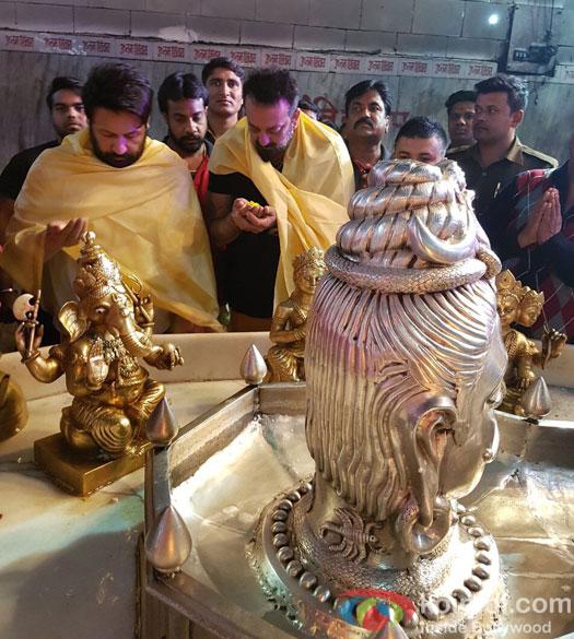 Sanjay Dutt Celebrates Mahashivratri At Famous Agra Temple