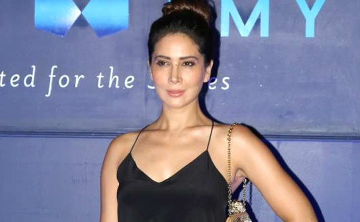 Kim Sharma rubbishes reports about marriage problems