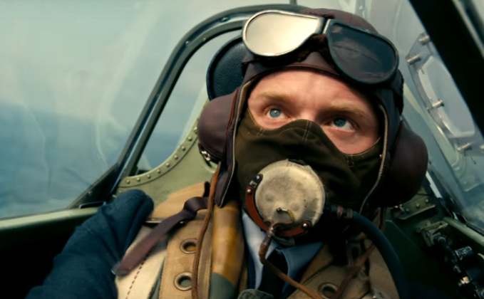 Watch The Official Trailer Of Christopher Nolan's Dunkirk