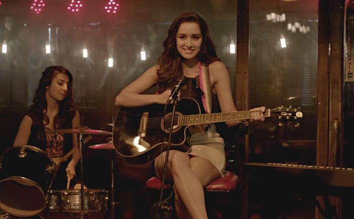 "Shraddha Kapoor sings a heart-wrenching reprise of ""Phir Bhi Tumko Chahunga"""