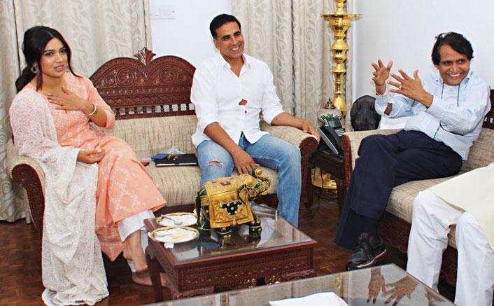 Suresh Prabhu meets 'fine actor' Akshay, Bhumi