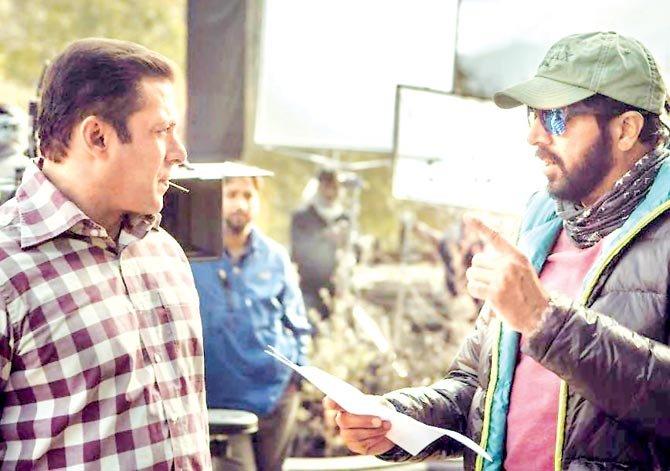 Kabir Khan and Salman Khan on the sets of Tubelight