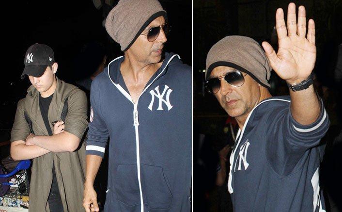 Akshay Kumar With Aarav Kumar Spotted At Airport