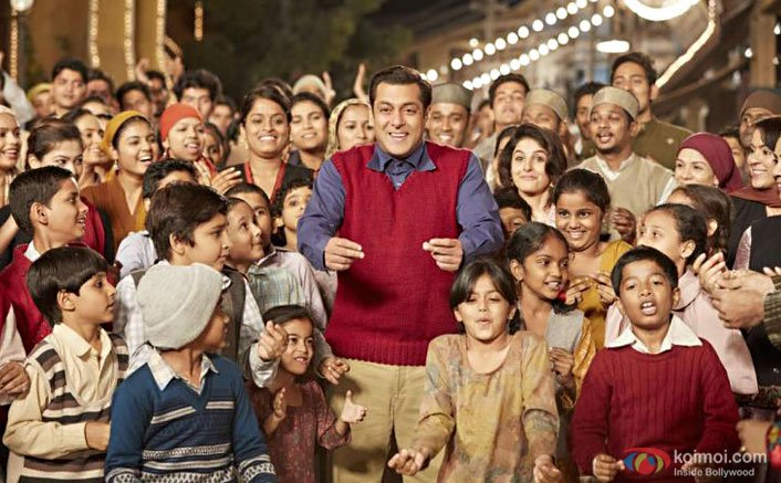 B-Town goes gaga over Salman's 'Tubelight'