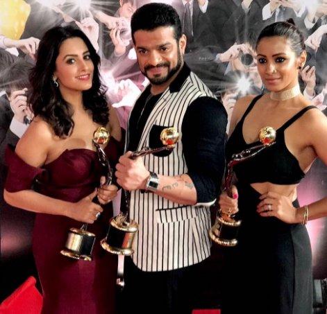 10th Zee Gold Awards Complete Winners List: Mouni, Divyanka & Karan Patel Bag Top Honors