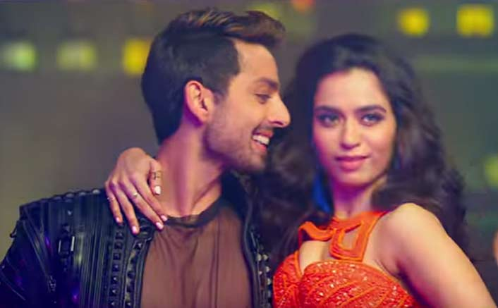 Get Ready To Dance To The Beats Of Helicopter Song From Ranchi Diaries