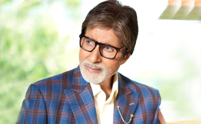 Amitabh Bachchan Reveals That He Handles His Own Social Media Activities!