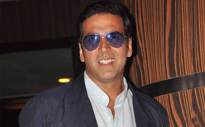Akshay Kumar salutes 'cleaning soldiers' of India
