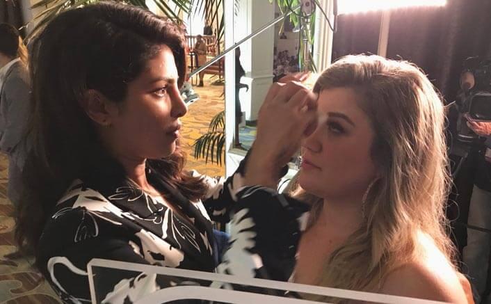 Kelly Clarkson loves Priyanka