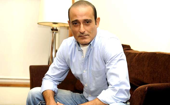 Too early to analyze 'Ittefaq', says Akshaye Khanna