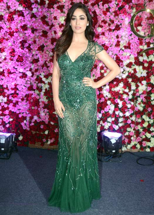 Here's How Bollywood's Leading Ladies Glammed Up The Rd Carpet Of Lux Golden Rose Awards